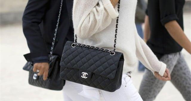 女人与包包