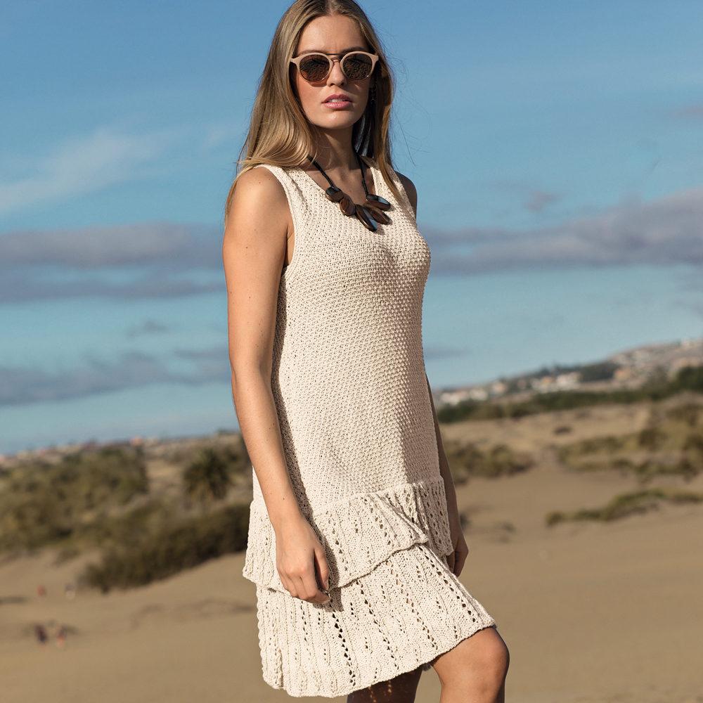 Платье с ажурными оборками (Вязание спицами)