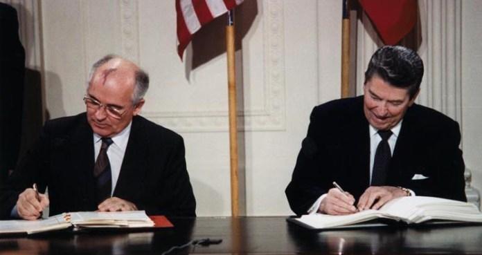 Ronald Regan, Mihail Gorbaciov, 1987