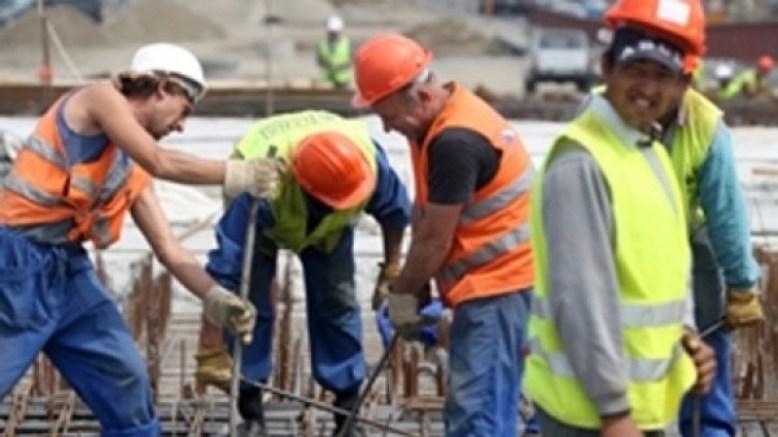 muncitori-