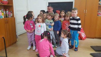 Primarul Lucian Resmeriță l-a adus pe Moș Crăciun la Lupeni