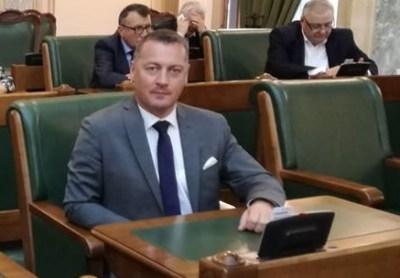 Proiect de lege pentru scutirea persoanelor vulnerabile de la restituirea unor ajutoare de urgență, adoptat în Parlament