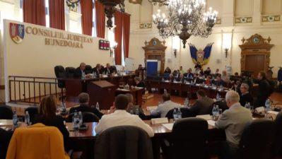 Consiliul județean Hunedoara convocat în ședință pe 14 decembie 2018