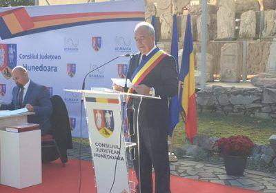 Președintele CJH Laurențiu Nistor și noua echipă de consilieri județeni și-au preluat atribuțiunile