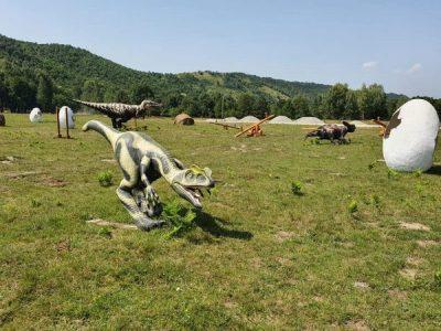 """În județul Hunedoara se construiește """"Dinosaur World Transylvania"""", cel mai mare parc de distracții """"Dino Land"""" din Europa de Est"""