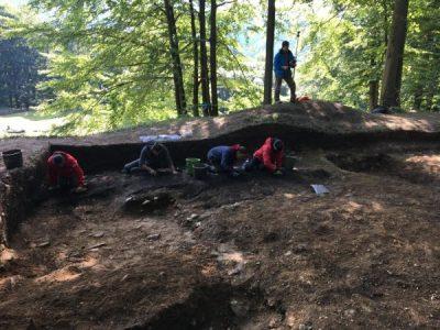 Noi descoperiri arheologice în situl dacic de la Sarmizegetusa Regia