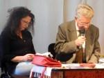 Şedinţă de Cenaclu literar cu poeta Carmen Huzum în prim plan