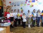 """Școala Postliceală F.E.G. """"Education"""" Tecuci a sărbătorit """"100 de ani de Românie Mare"""" - Galerie foto"""