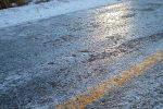 Drumuri şi căi feroviare închise din cauza poleiului