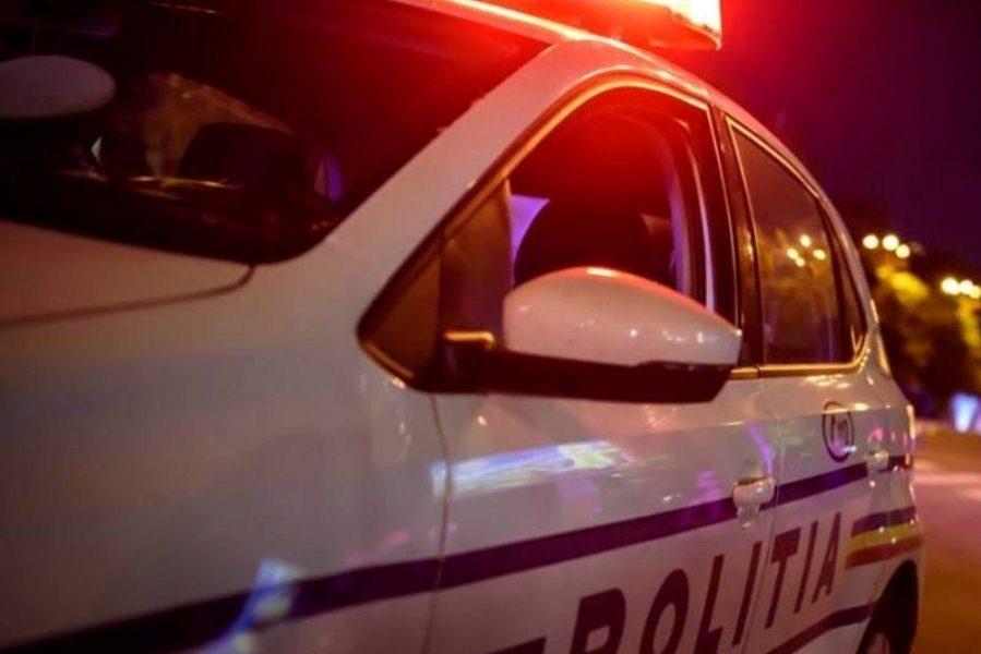 Tecuci: O persoană a ajuns la spital după impactul dintre două autovehicule