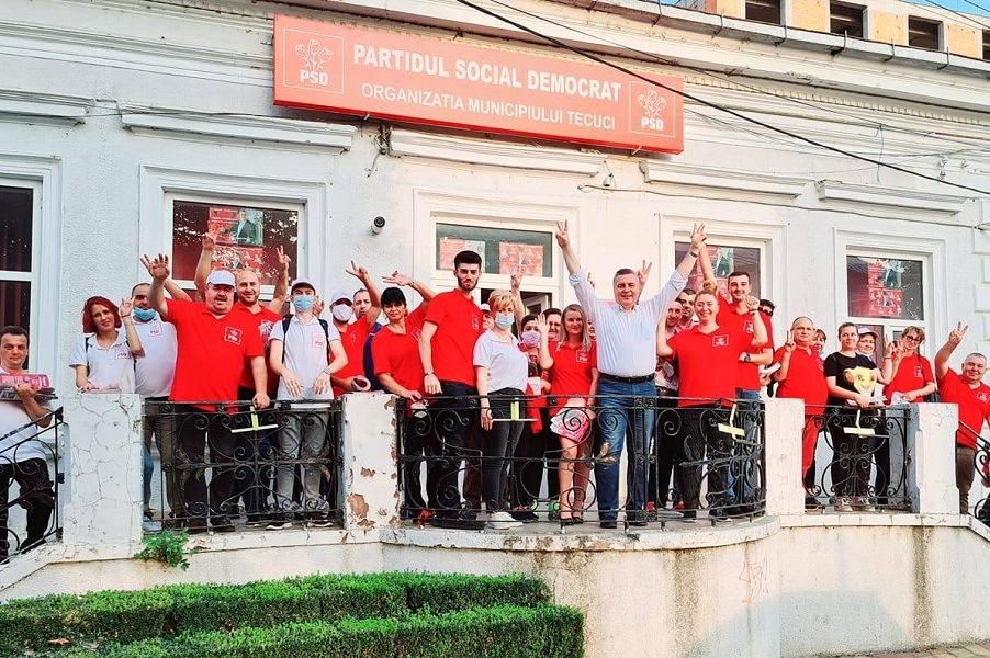 Hurdubae şi Croitoru au fost demişi din PSD