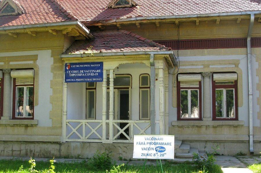 Program prelungit la centrele de vaccinare din Tecuci