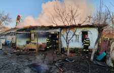 Incendiul la o casa de locuit din Copaceanca