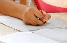 50 de dascăli din județ s-au prezentat la proba scrisă a examenului de definitivare în învăţământ