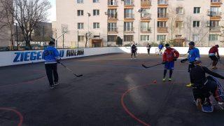 Hokejbal Ziegelfeld vs HBK Nivy
