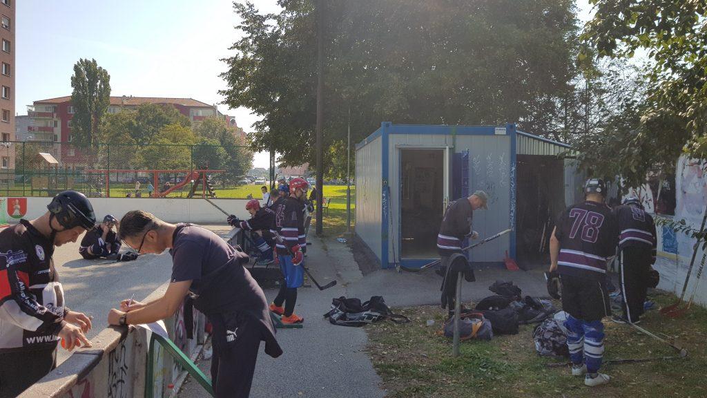 Hokejbalový zápas Profis Podunajske Biskupice vs Ziegelfeld