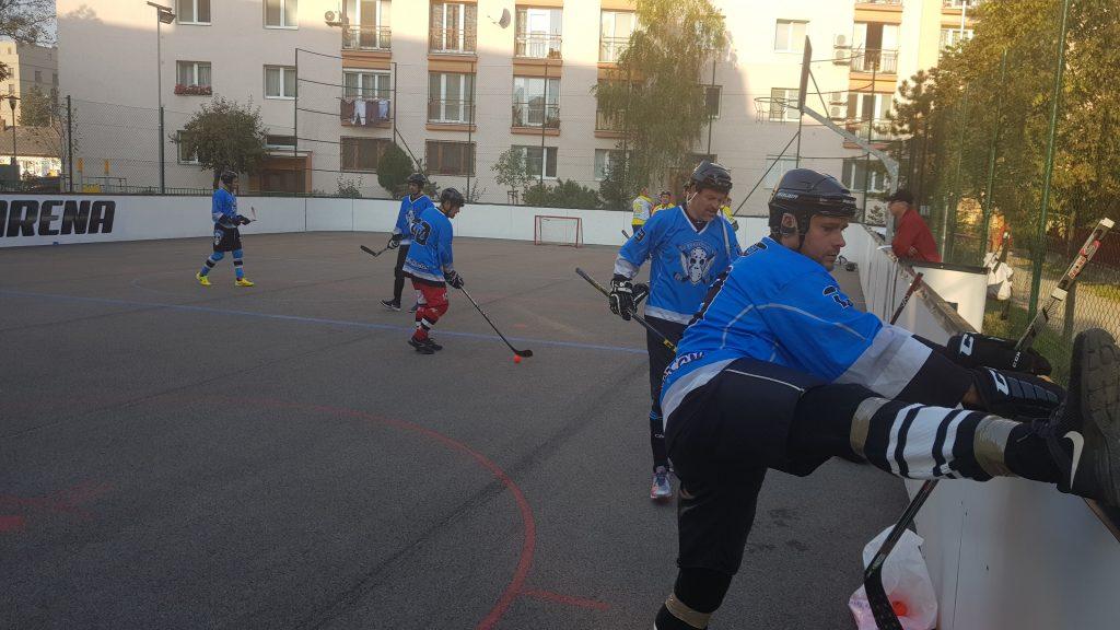 Hokejbalový zápas Ziegelfeld vs HBK Board Vrakuňa