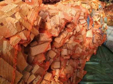 buk-dąb Drewno opałowe w workach.