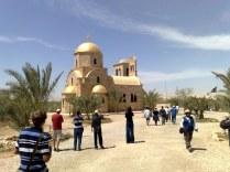 Oto i kościół prawosławny, który na początku był widziany od strony izraelskiej.
