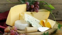 10 Cheesy Facts About the Cheddar Cheese That Came From England 6