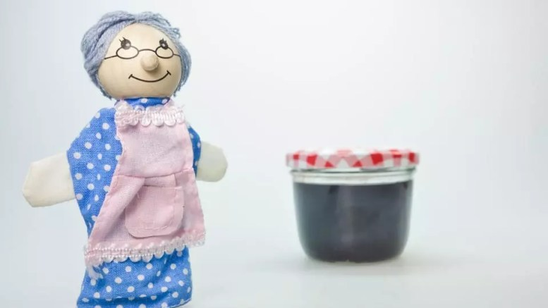 Grandma's top ten home remedies to combat colds and flu this winter! 1