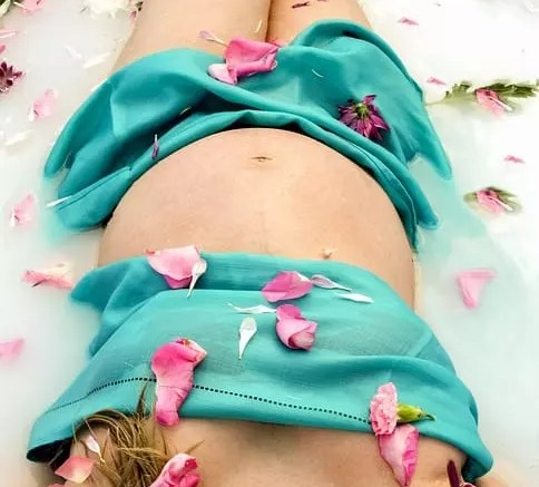 Natural Approach to Beautiful Pregnancy Radiance 1