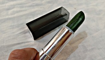 Maybelline Color Sensational Matte Metallic Lipstick Serpentine| Review & Swatch