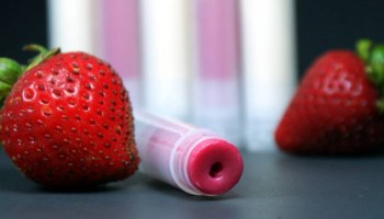 DIY| Strawberry Lip Balm