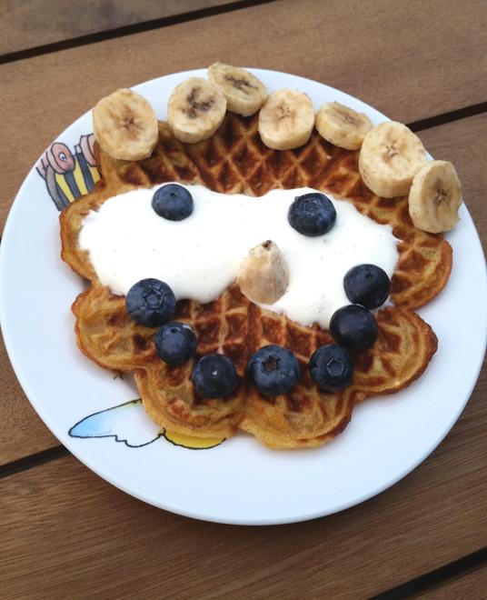 smily_pancake_yoghurt
