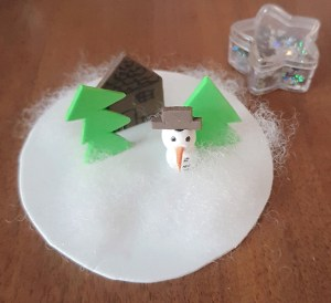 snowman_closeup_schneekugel