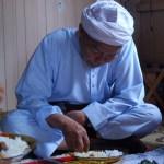 Adab makan dalam islam yang perlu kita contohi