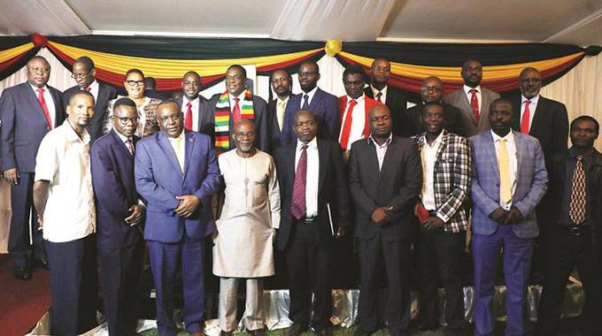 CEOs call for dialogue to address economic challenges