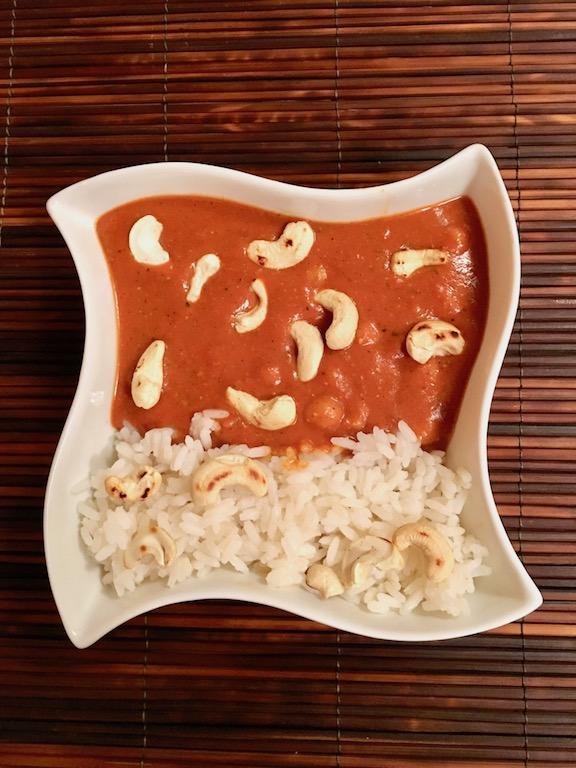 indische Butter Chickpeas - vegan - Chhola Makhani - Kokosmilch - Cashewmilch - Sauce - Kichererbsen - glutenfrei - einfach - Rezept - indisches Curry