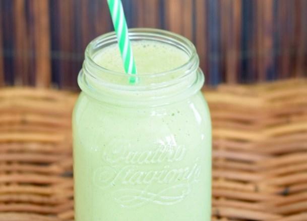 Rezepte: Smoothies & Getränke: Grüner Fenchel-Smoothie