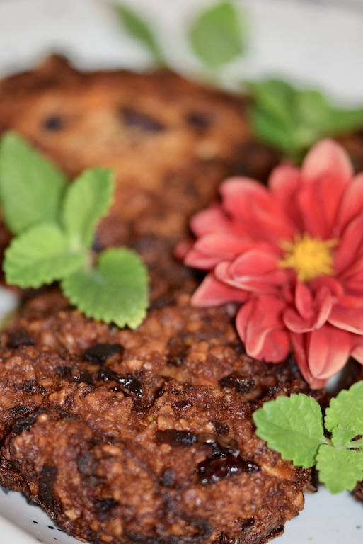 Rezepte: Hauptgerichte:Knusprige Burger-Bratlinge - Hochkant