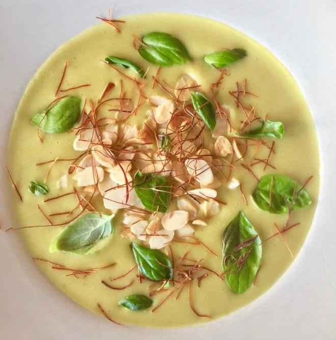 Rezepte: Suppen & Eintöpfe: Zucchini-Cremsuppe aus dem Slowcooker - vegan - mit Garnitur