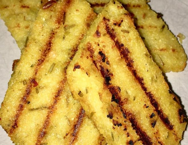Polenta - Rosmarin - vegan - glutenfrei - einfach - Rezept - Beilage - italienisch - gesund - herzhaft