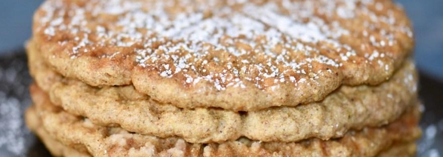 Lebkuchenwaffeln - Waffeln - Rezept - vegan - glutenfrei - ohne Ei - backen - ohne Butter - einfach - Rezept für Waffeln im Waffeleisen - Weihnachten - ohne Zucker - zuckerfrei - schnell - Grundrezept