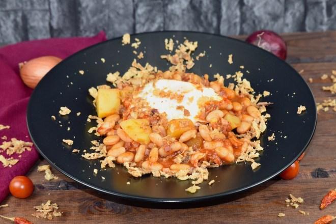 Baked Beans mit Kartoffeln und Ei - Baked Beans - Rezept - milchfrei - glutenfrei - mit Ei - mit Kartoffeln - einfach - selber machen - deutsch - aus dem Ofen - gebackene Bohnen - mit Schinken