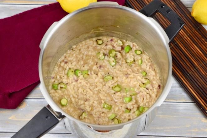 Limettenrisotto - Risotto - milchfrei - glutenfrei - grüner Spargel - Garnelen - Schnellkochtopf - Rezept - einfach - schnell - Spargel