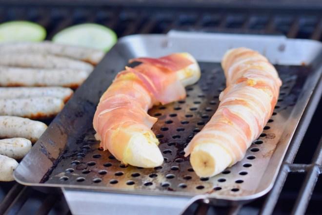 gegrillte Curry-Banane im Baconmantel - herzhaft - grillen - BBQ - Rezept - Bananen -Bacon - essen - Barbecue - Snack - gegrillte Banane im Speckmantel - glutenfrei - milchfrei -einfach - schnell