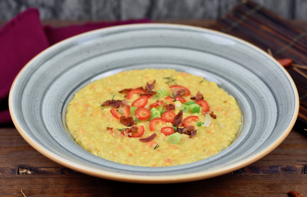 Cremige Maissuppe mit Kokosmilch – Corn Chowder Rezept