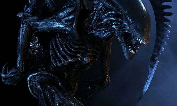 Alien + Prometheus = Derelict
