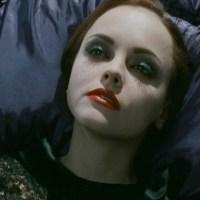 """""""Más allá de la muerte"""" (2009) - estos muertos me dejan frío"""