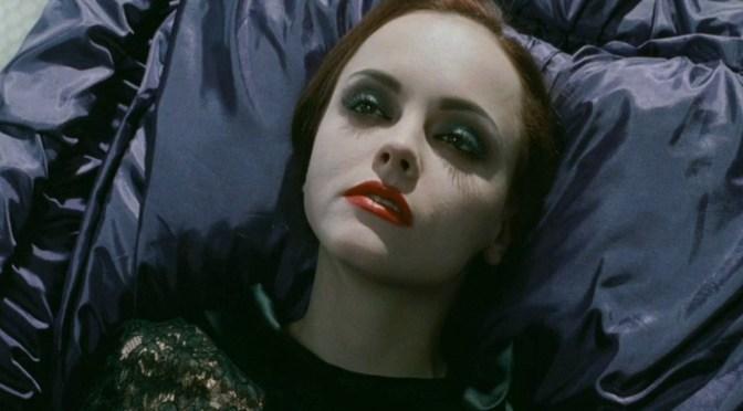 """""""Más allá de la muerte"""" (2009) – estos muertos me dejan frío"""