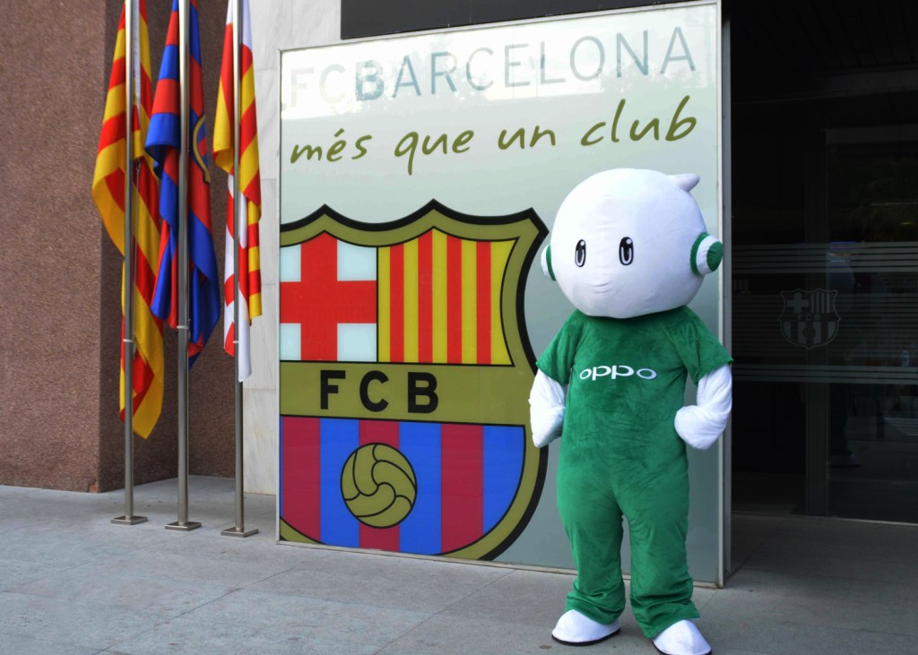 FC-Barcelona-and-Oppo-partnership_3