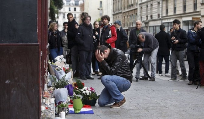 APTOPIX_France_Paris_Attacks.JPEG-000ab_c0-352-4200-2800_s885x516