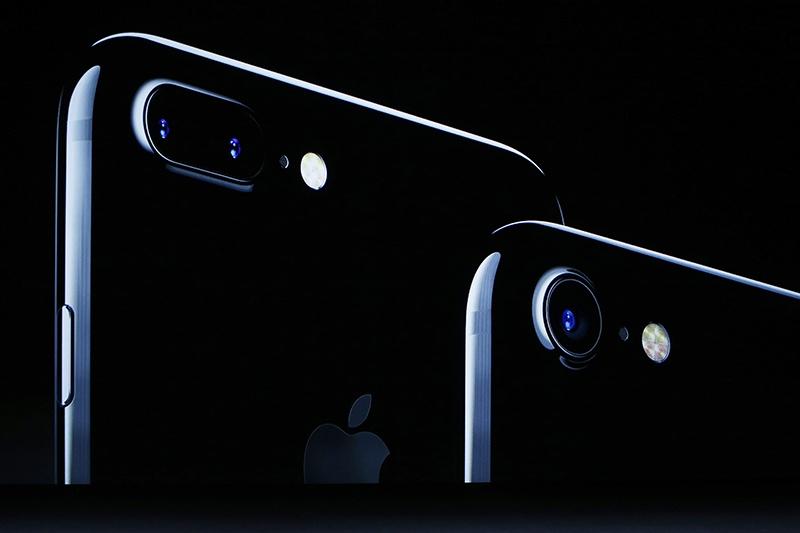 6s与6拍出来的照片差别_iPhone 7和iPhone 6s比一比!差别在哪里?到底该不该换?