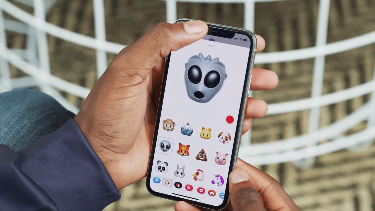 原來Animoji不是什么黑科技?!iPhone X遮著True Depth相機也能操作Animoji!