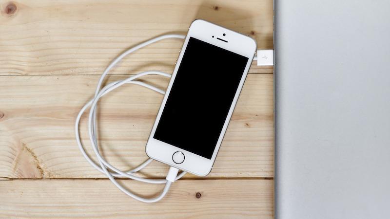 スマートフォン 充電